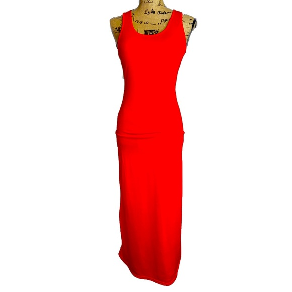 NWT- Lady in Red Sleeveless Sheer Back Maxi